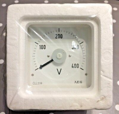 AEG 96x96 DIn Voltage Panel Meter 0 to 400VDC Direct connected  240° scaling