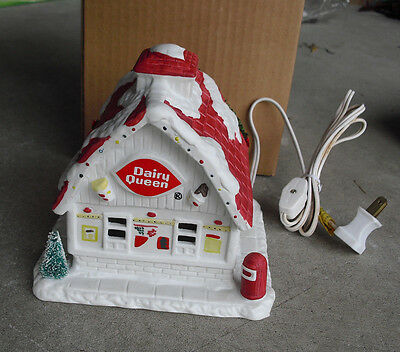 RARE 1992 Porcelain Dairy Queen Promo Lighted Winter Store Building NIB
