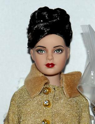 """Kitty's Lunch Date Tiny Kitty 10"""" doll NRFB Tonner 2014 Mint W/ stand"""