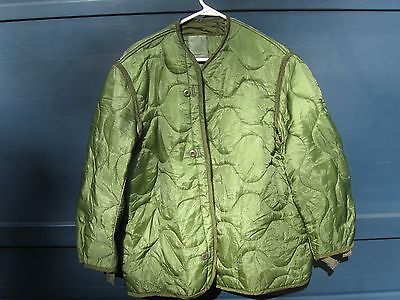 Genuine Us Military Issue M-65 Field Jacket Liner Medium New