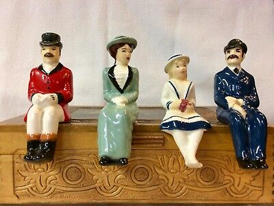 Set Of 4 Metlox Poppytrail California Pottery ~ Figures For Large Carriage!