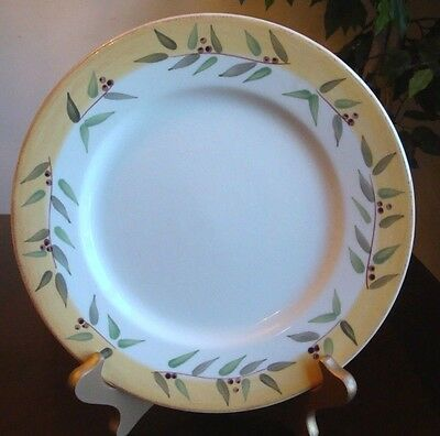 "Crate & Barrel Brittany Yellow Olive Branches Salad Plate 9"" Brittany Portugal"