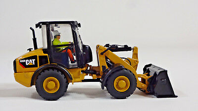 1:50 Diecast Masters Cat Caterpillar 906H Compact Wheel Loader Rubber Tire