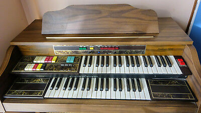 Thomas Jester 132 Electronic Organ