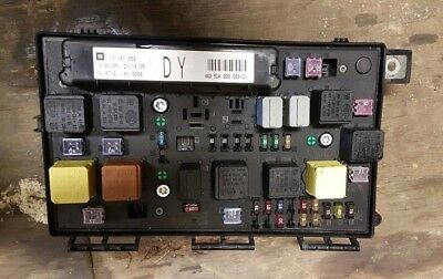 vauxhall astra h mk5 general comfort control fuse box 13181658 dy  5dk008668-31