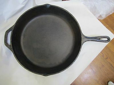 USA Made Vintage Antique #12 Cast Iron Heat/Fire Ring Fry Frying Pan Skillet SK
