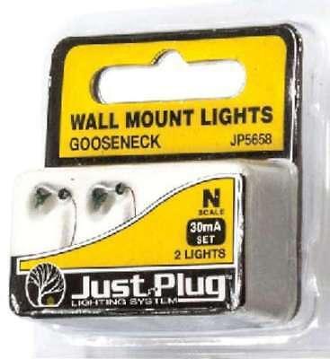 Woodland Scenics (N-Scale) JP5658 Just Plug Wall Mount Gooseneck Light (2)