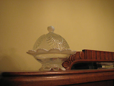 Mosser USA Beaded Shell Opalescent Covered Butter/Cheese Dish EUC