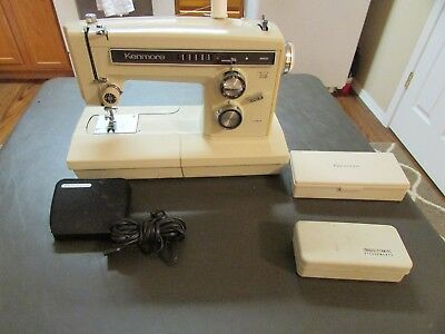Kenmore 158.19410, (Zig Zag Free Arm, Heavy Duty), Sewing Machine & Case.