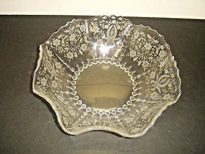 """VIKING NEW MARTINSVILLE PRELUDE ETCHED SCALLOPED RIM 12.5"""" BOWL w RAINDROPS BASE"""