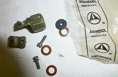 LOT of FOUR  AMPHENOL AN3057-3 electrical connector clamp Military Spec NOS