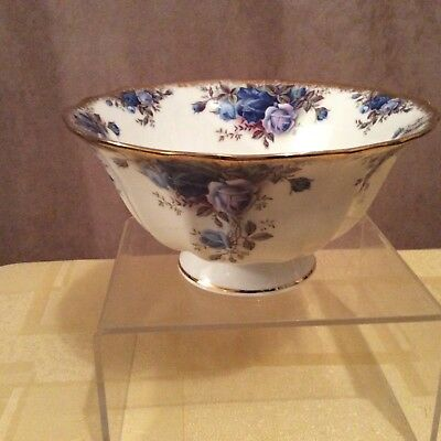 A Royal Albert Moonlight Rose Pedestal Bowl.
