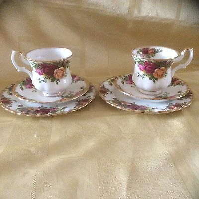 A Pair Of Royal Albert Old Country Roses Trio,s. 1st