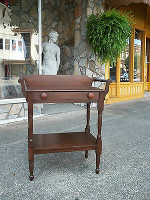 Outstanding Tulipwood Washstand with one Drawer 19th century