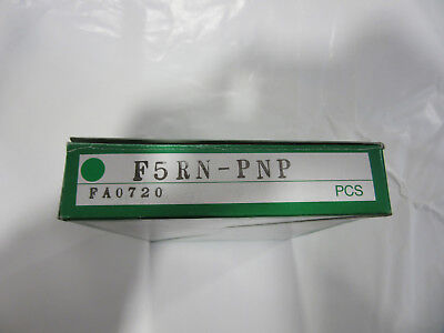 Takex F5RN-PNP Fiber Opitical Sensor NEW!!! in Factory Box Free Shipping
