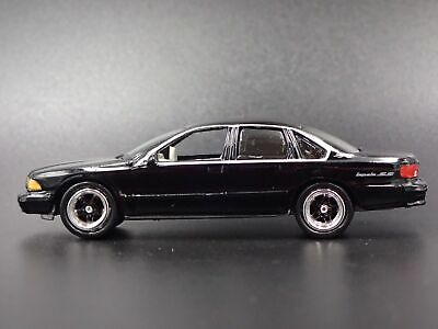 1994 - 1996 Chevy Chevrolet Impala Ss Rare 1:64 Scale