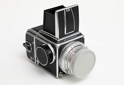 Hasselblad 500C with Carl Zeiss Planar 80mm, 120 back, waist level finder kit