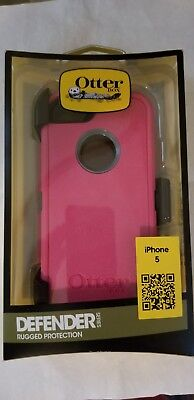 New In Retail Box Authentic OtterBox Defender iPhone 5 Case Pink/Gray With Clip