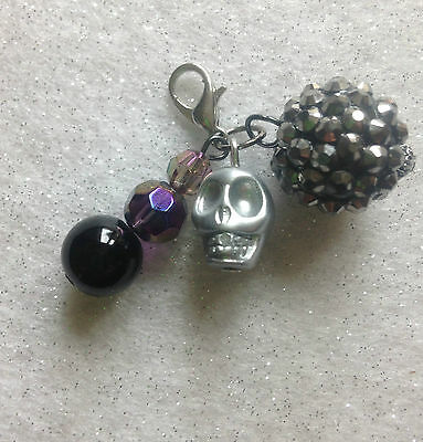 Handcrafted Goth / Skull Black & Silver Beads Dog Collar Clip On Charm