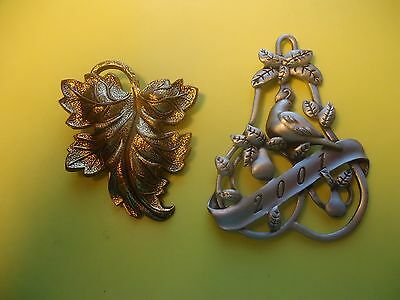 Vtg Lot 2 /Two/ PC The Gold Tone Scarf Pin/Brooch And Avon 2001 Pendant      #4