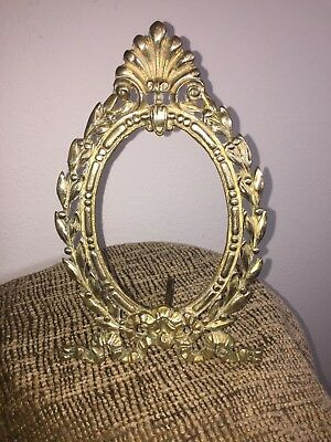 Vintage Ornate Metal Brass Oval Picture Frame Baroque Style