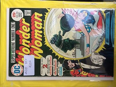 #218  Wonder Woman  Vf+     Sale 50% To 70% Discount