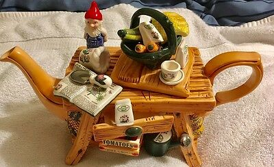 Cardew Collectibles Port Meirion Gardeners Bench Miniature Teapot Limited Ed New