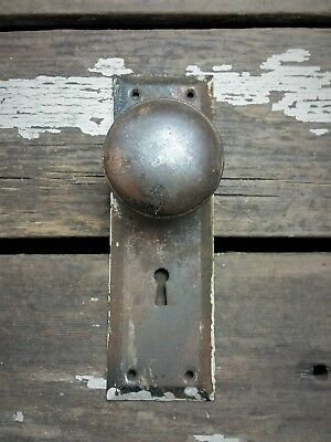 VTG Antique Old Rustic Door Knob & Metal Shabby Backplate Tiger Copper Flash
