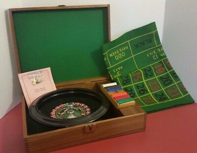Vintage Roulette Travel Game Royal Brand Crisloid Wood Case Plastic Chips