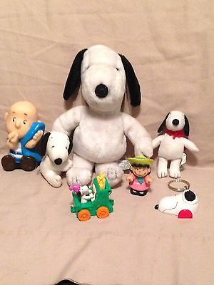 Lot Snoopy Peanuts Gang Vintage Stuffed Plush rubber squeak toy 1968 Linus Lucy