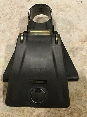 8000105 bolt Yakima Q Tower replacement body w// cam lock housing and clip