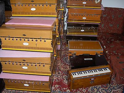 Harmonium /Indien  Model Namaste India. .TEAK WOOD +Koppler ab 299 Euro