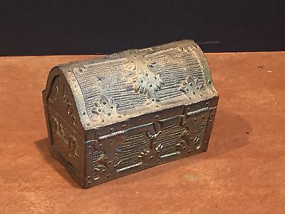 Antique Vintage Cast Iron Treasure Chest Still Bank