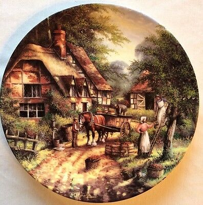 Wedgwood The Apple Pickers Country Days Limited Edition Collectors Plate