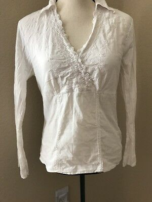 ana White Romantic Lace V Neck Floral Shirt Top Size Medium