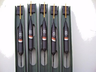 5 x Pro Team Carp Silver Fish Pole Rigs.(2). 4x16 Float. Size 22 Barbless Hook.