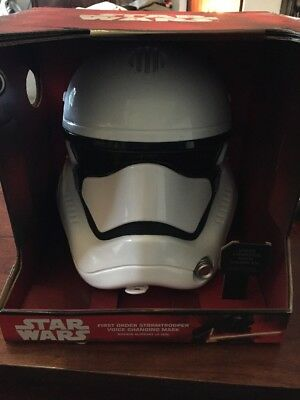 Star Wars First Order Stormtrooper Helm Disneyland Paris Disney NEU