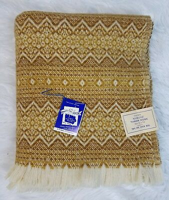 New Amana Woolen Mills Nordic Throw Robe Blanket 56x72 100% Wool Gold Ivory
