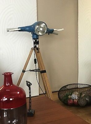Industrie design tripod stehlampe bauhaus mategot style for Stehlampe industriedesign