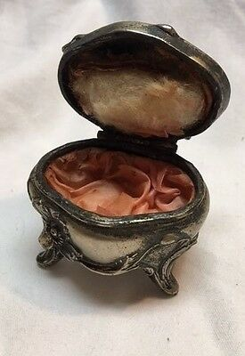 Vintage Small Silver Tone Metal Footed Lined Trinket Jewelry Box Estate Find