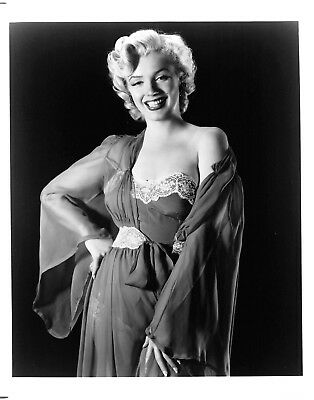 MARILYN MONROE gorgeous sexy 1950s cheesecake pinup photo