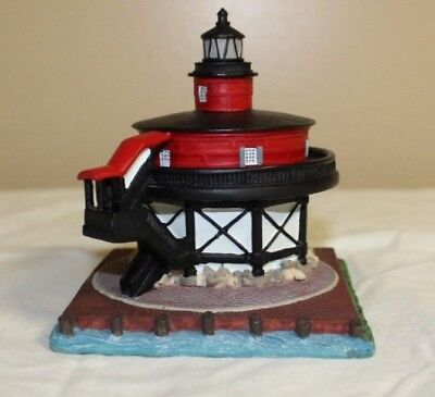 """7 Foot Knoll Lighthouse, Maryland Collectible. Approximately 4"""" tall"""