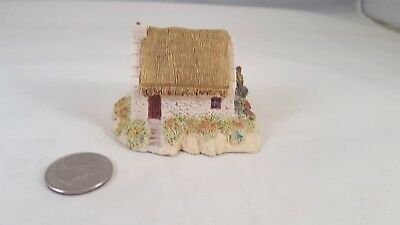 1987 Irish Heritage Collection MOTHER MACREE's COTTAGE DONEGAL Figurine IRELAND
