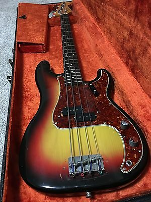Fender Vintage '66 Precision Electric Bass Guitar.  Excellent condition! Low $$