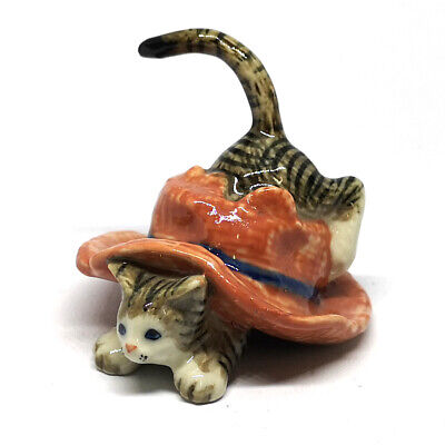 Handmade Dollhouse Miniatures Ceramic Porcelain  Cat in  Red Hat FIGURINE