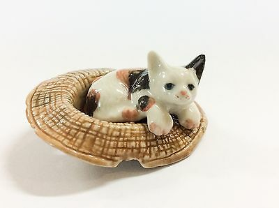 Handmade Dollhouse Miniatures Ceramic Porcelain  Cat in  Brown Hat FIGURINE