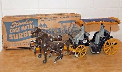 Vintage STANLEY Cast Metal TWO-HORSE SURREY w/Man & Woman and ORIG BOX, no.10