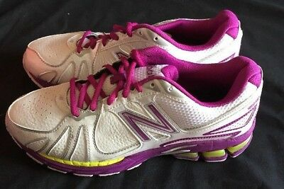 BNIB New Balance Ladies Training shoes Size: 10 USA