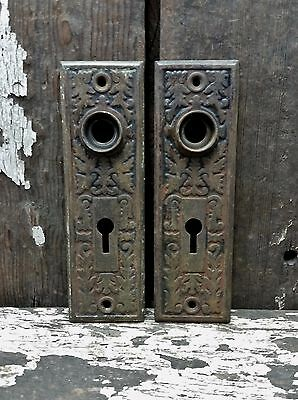 2 VTG Old Small SHABBY Metal Fancy EASTLAKE Keyhole Door Knob Backplate