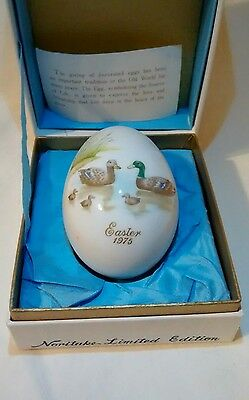 Vtg 1975 Noritake Bone China  Easter Egg / Mallard Ducks & Ducklings On Lake